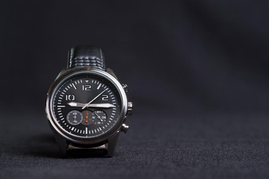 78ccb2d675 ですが、意外と手入れの仕方はあまり知られていません。今回は「手入れなんて試したことない」「どうすればいいのかわからない」という人のために、腕時計の手入れの  ...